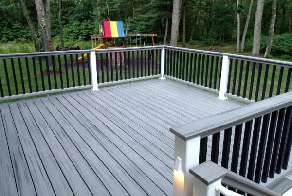 Custom Decks Ideas for Your Grand Rapids Michigan Home
